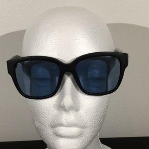 Accessories - Oversized Matte Black Sunglasses